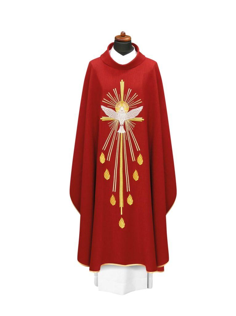 Ornat ozdobiony haftem Ducha Świętego