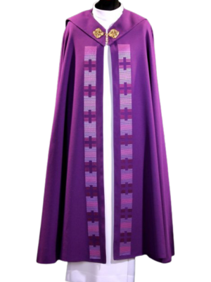 Kapa z nowoczesnym haftem na tkaninie - fioletowa