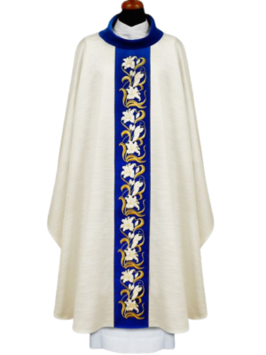 Ornat Maryjny z haftem lilii na aksamitnym pasie