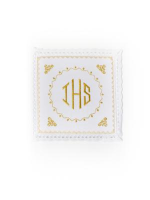Bielizna kielichowa ze złotym haftem IHS